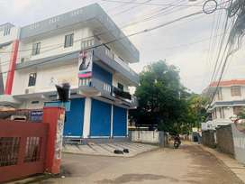 Palarivattom 6cent 4500sqt commercial building 3cr