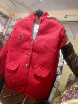 Blezer coat with tshirt