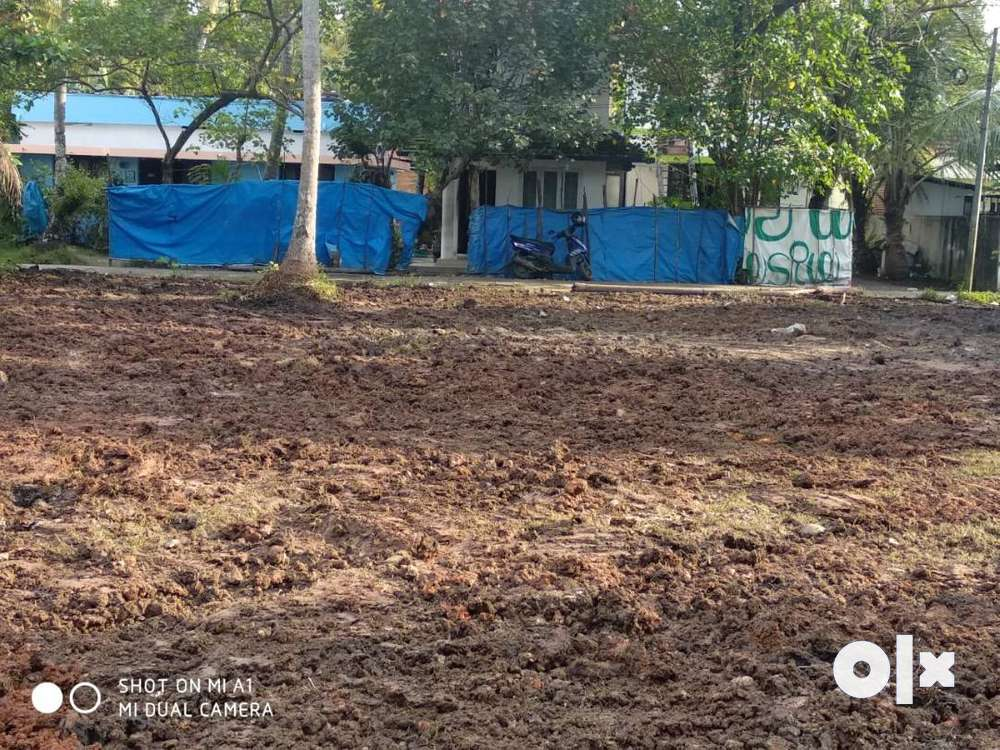 17.5 cent,plot for sale near vallarpadam chruch