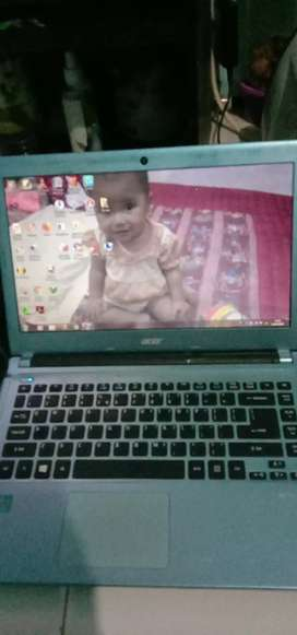 Laptop Acer core i3 v5