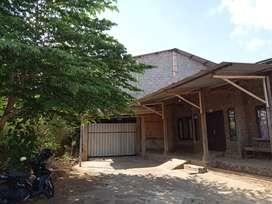 Ex Bangunan gedung Futsal L.2000m2 hrg 650jt nego