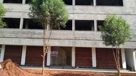 Commercial building for rent.New building.West facing
