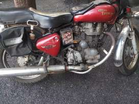Royal Enfield Want sell  old model bullet contact only genuine buyers