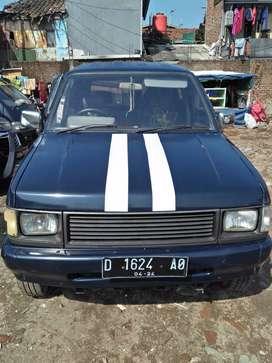Mobil panther tahun 1992