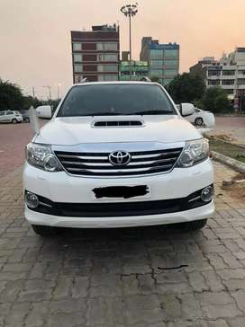 Toyota fortuner 4x4 scratchless 3.0 d4d new