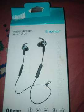 Huawei honor original Bluetooth Earphones only one month used