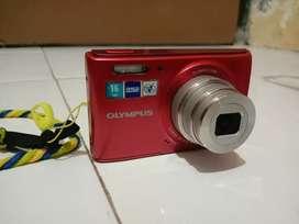Kamera digital merk olympus