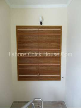 Wooden Chick W010