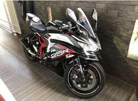 Kawasaki ZX25R ABS