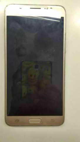 Samsung Mobile In Gud Condition