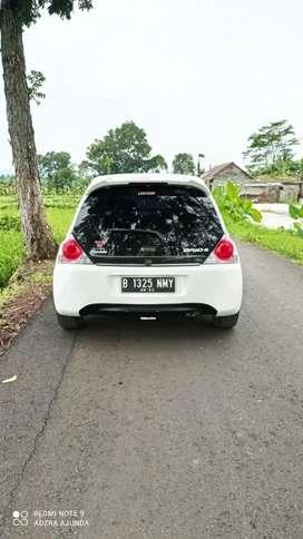 Brio E 2014 manual Putih Siap Pakai