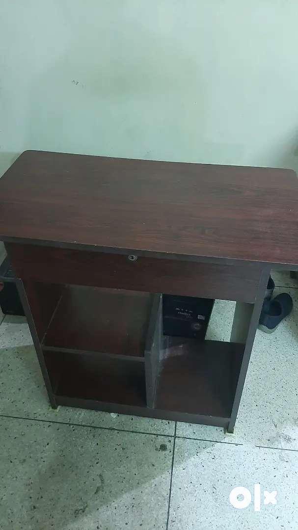 Computer/study table
