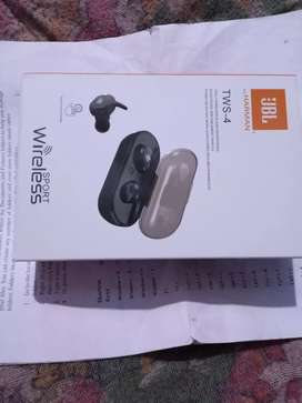 JBL mini bluetooth touch new piece battery back up 3 hour guaranty