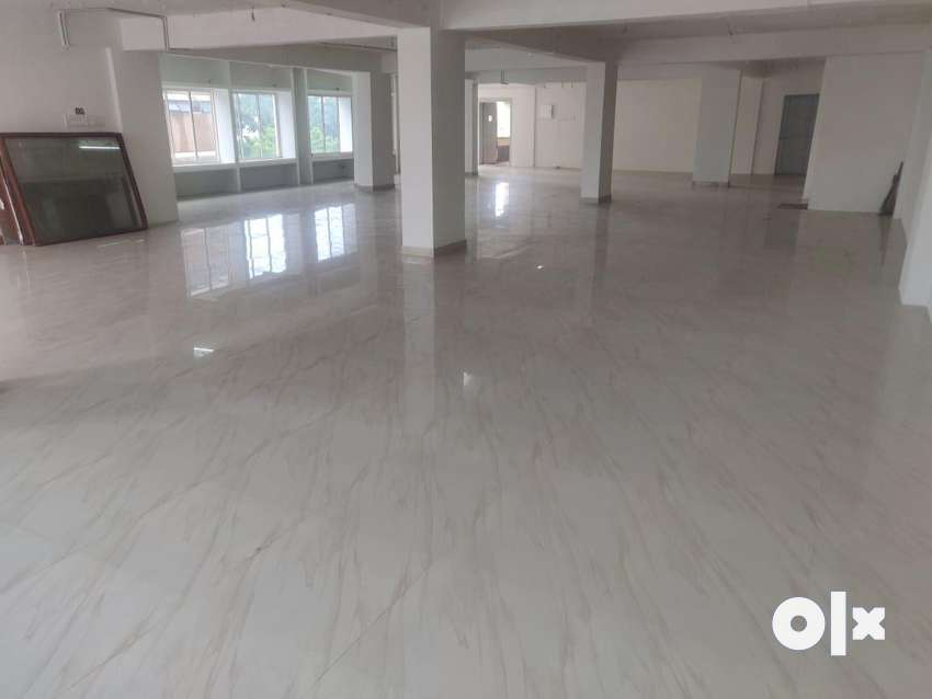 Aarti chembers office for sale in thousend light 0