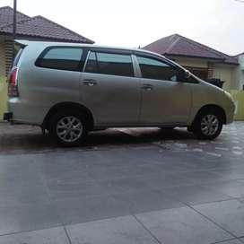 Cari Mobil Innova Type G/V Diesel