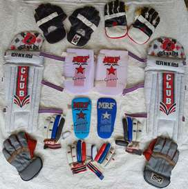 CRICKET GLOVES, KNEE PADS & ARM GUARDS