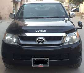 Toyota Hilux - get on easy installment