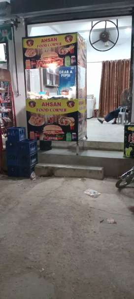 Fast Food Counter 6.5 Feet Hight 4*3 wight 2 pieces ma divide ha