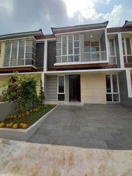 Rumah Baru Dua Lantai di Jatimakmur Townhouse Akses Tol Jatiwaringin