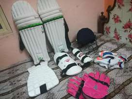 Cricket kit (not used) chance deal