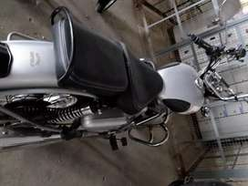 Classic 350cc in a flawless condition.