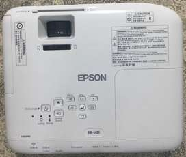 Projector Epson EB-U05 with/ or mega size tripod screen for rent