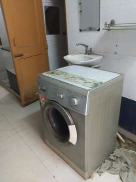 IFB Fully Automatic Front Load 5.5 KG Washing Machine