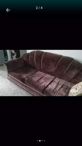 5 yrs. Old 5 seater sofa set
