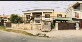 2kanal 8 marla house for sale in Gardentown Lahore