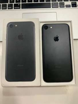 Iphone 7 32gb , Available