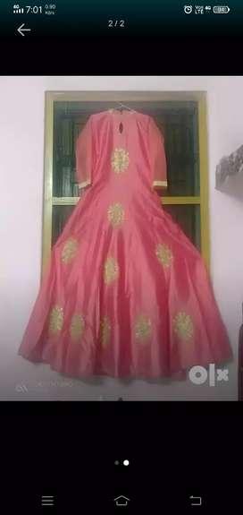 LengA gown