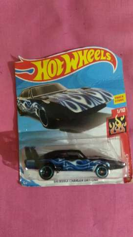 Toy Car with HW Flames