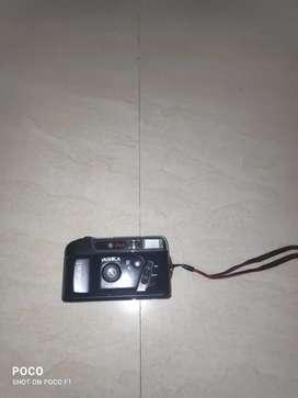 Yashika Camera (navacam I) .