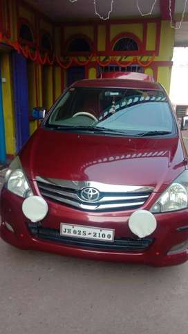 A very good condition Innova for sale