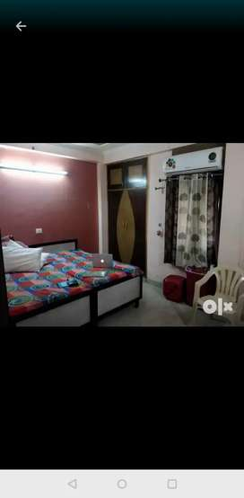Fully furnished hostel available for boys & Girls,  No Brokrage