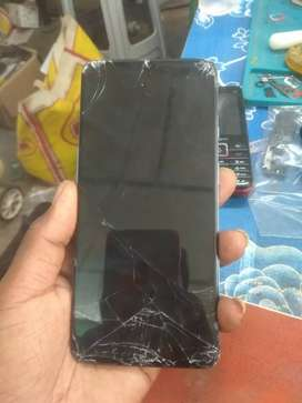 One plus 7t Braked mobile mother board running  8 256 GB varient