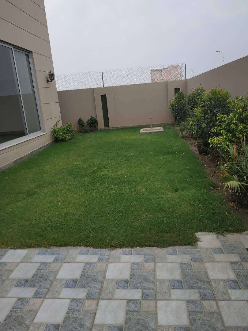 Brand New Beautifully designed House with full basement 0