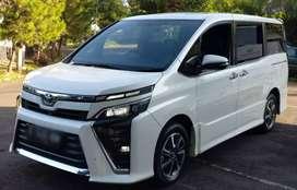 Toyota Voxy 2.0L 2017 AT Istimewa