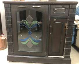 Discounted Wooden Almirah with Cabinets and Drawer