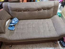 4 Seater Sofa Set - urgent sale