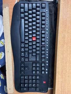 Smart Keyboard for sale (i-ball)