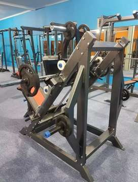 Alat fitnes indoor leg press