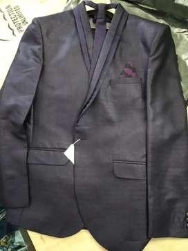 Brand New suit set.