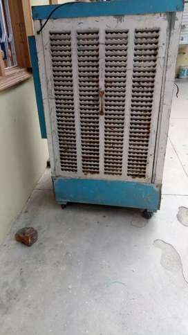 Water air cooler in running condition..price
