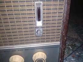 Old radio nd shutter tv