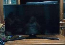 SAMSUNG LED TV 40 Inch Flat Digital FHD - 40M5000