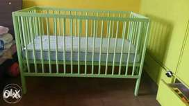 Baby cot with mattres