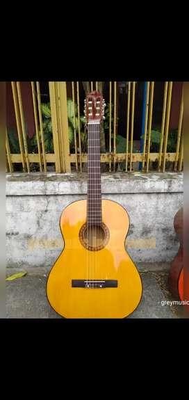 Gitar yellow klasik