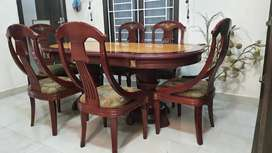 6 SEATER EXCLUSIVE DINING TABLE