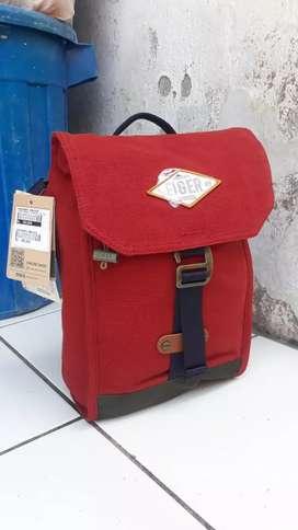 Eiger 1989 Cruiser Canvas Shoulder Bag Tablet - Terracotta
